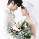結婚式の男女